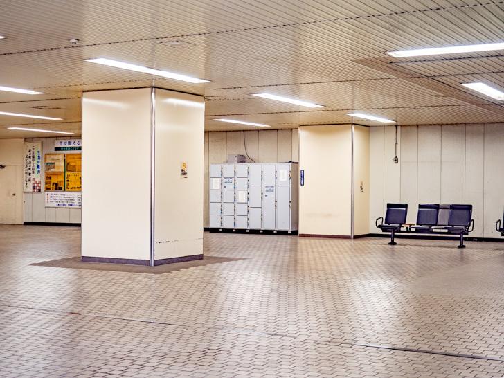 新倉敷駅 コインロッカー遠景