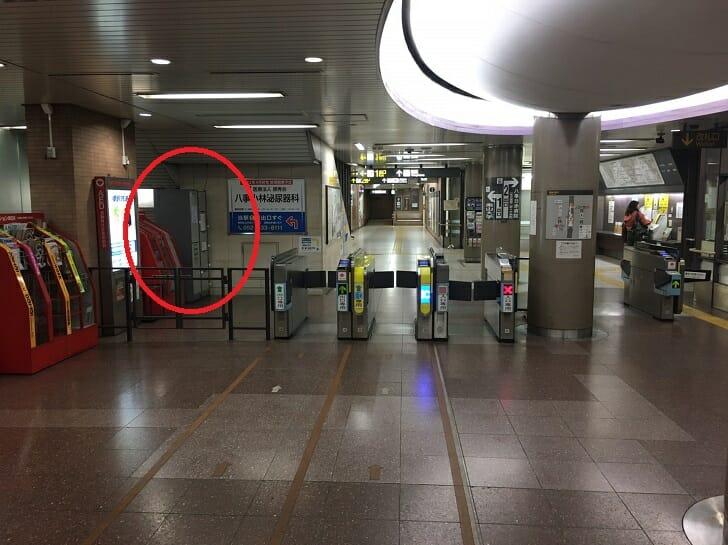 八事日赤駅コインロッカーの場所